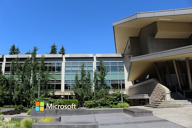 Microsoft drops suit against US Department of Justice