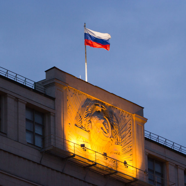 Russia lawmakers approve foreign media law