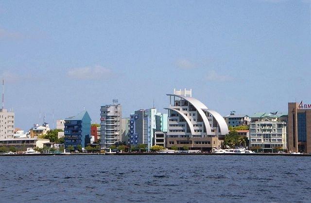 UN rights experts warn Maldives judiciary under threat