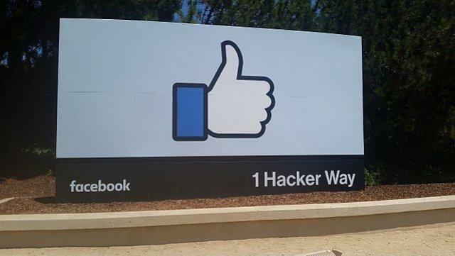 Belgium court rules against Facebook in privacy case