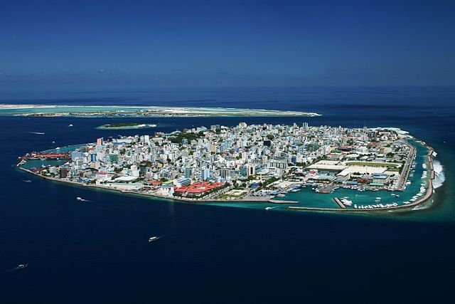 Maldives brings terrorism charges against top officials