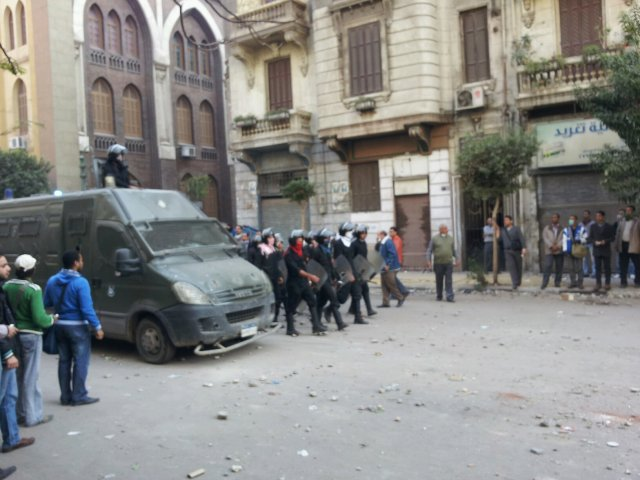 HRW: Egypt arresting lawyers, human rights activists