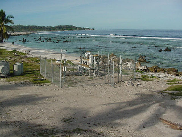 Nauru ends ties with Australia's highest court, causing concern for refugees