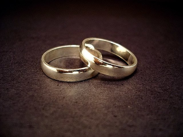 Delaware becomes first state to outlaw underage marriage