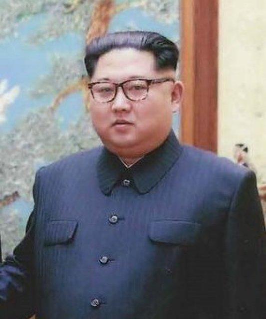 Trump and Kim Jong Un sign denuclearization statement