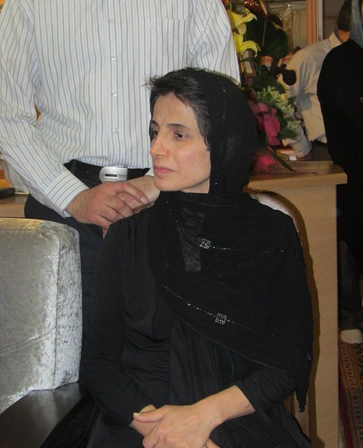 Amnesty calls on Iran to release human rights lawyer Nasrin Sotoudeh