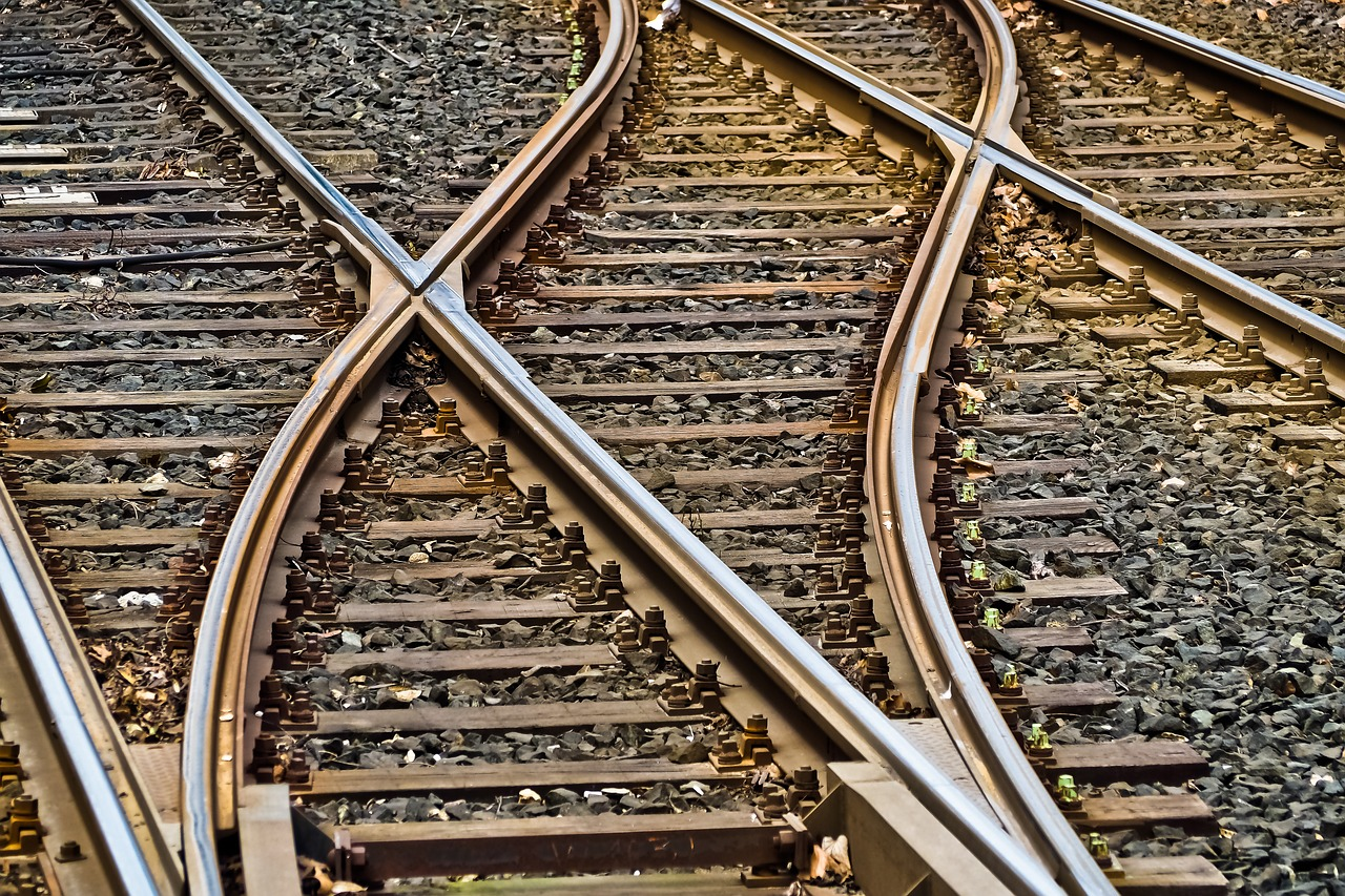 US Supreme Court rules railroad benefits determinations subject to judicial review