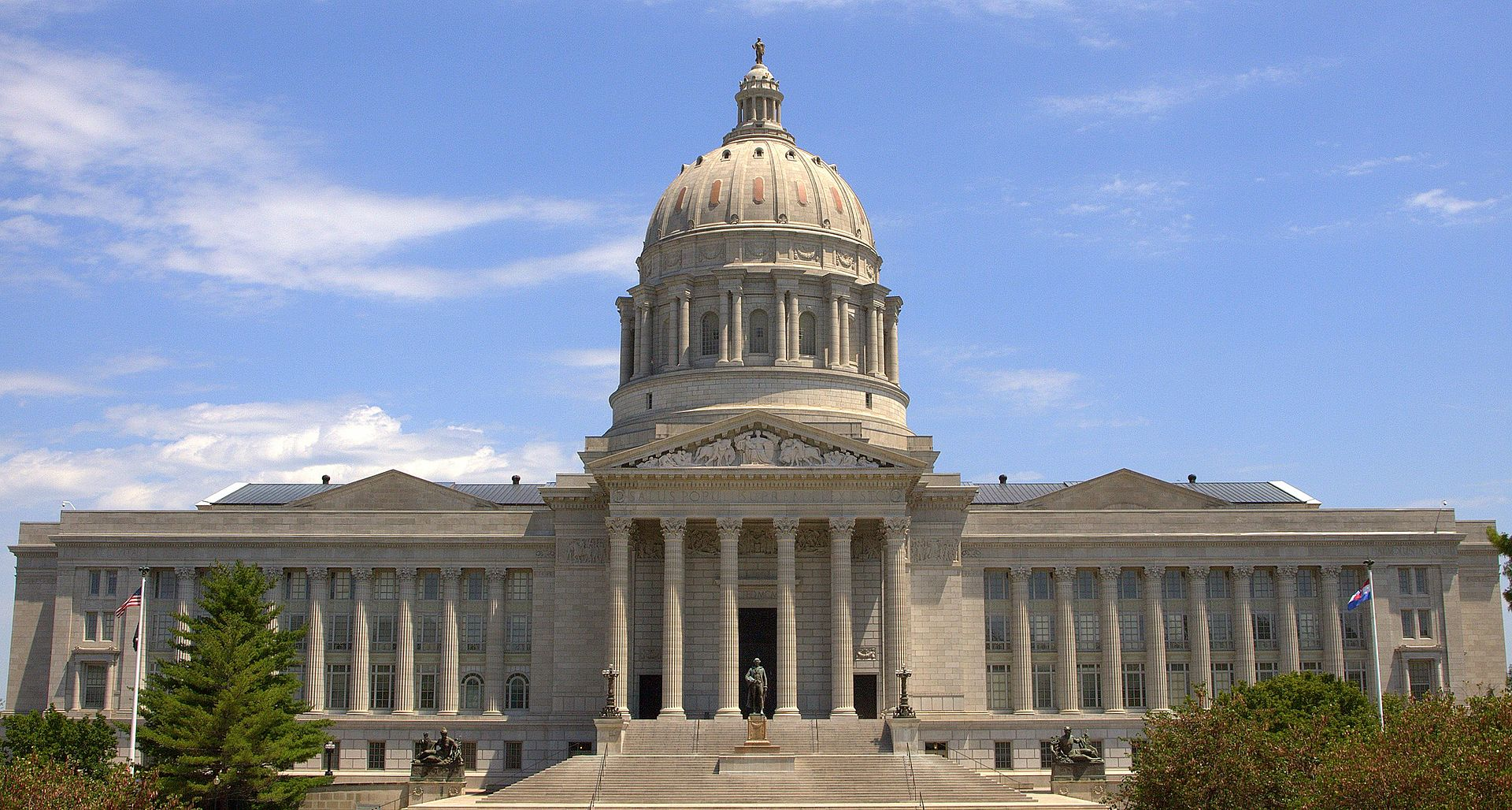 Missouri Senate approves bill banning abortions at eight weeks