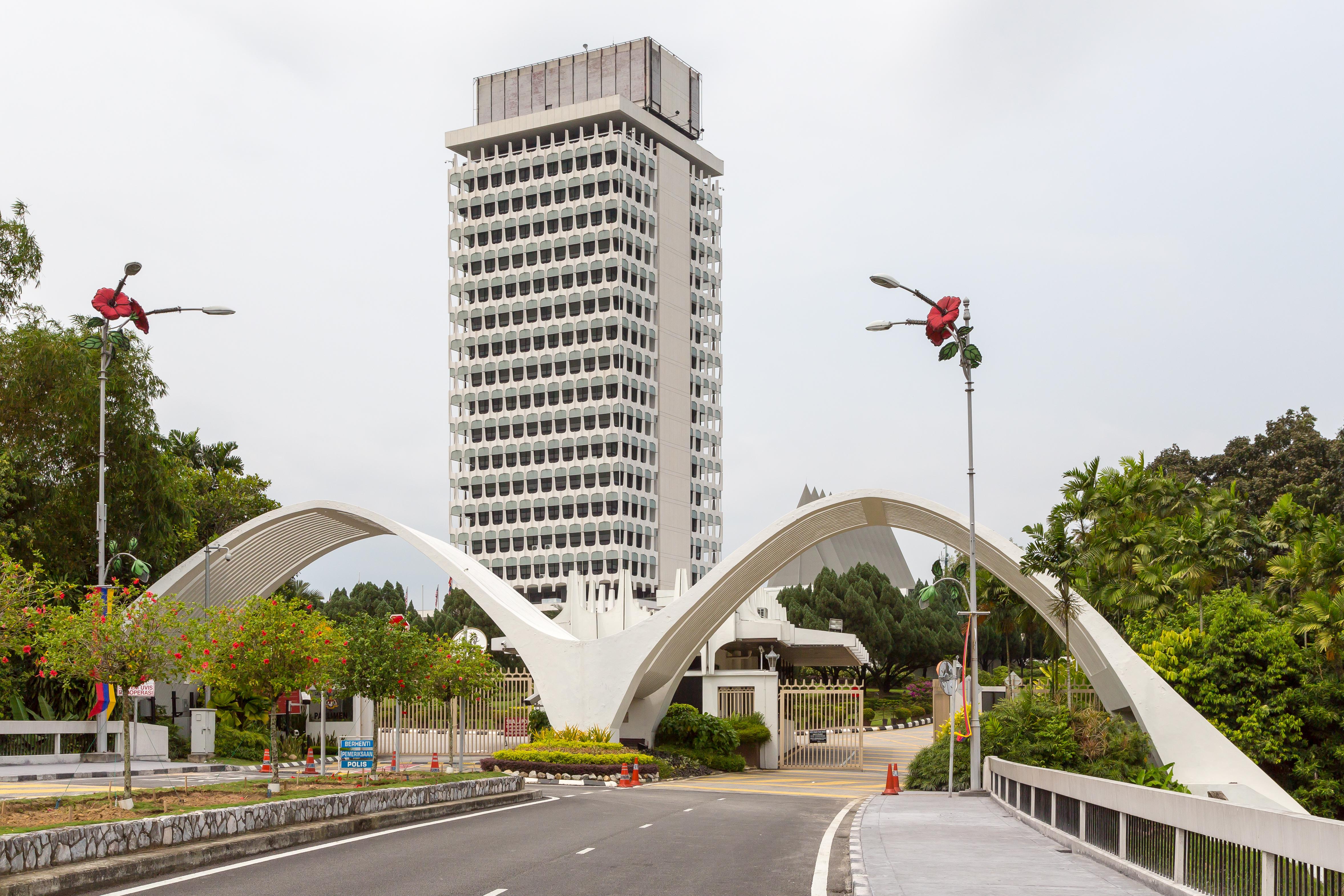 Malaysia Senate blocks repeal of 'fake news' law