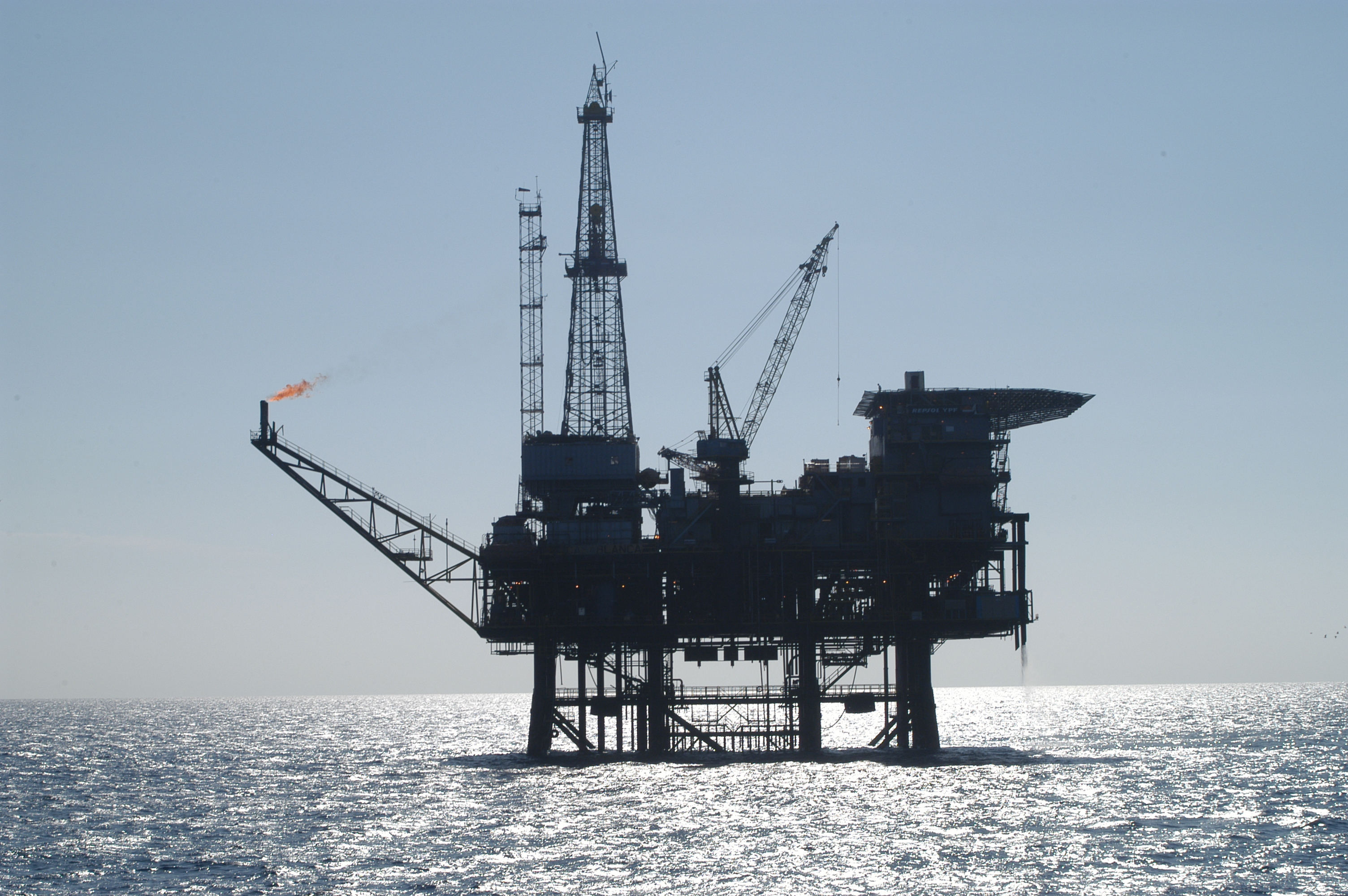 Federal judge allows South Carolina lawsuit over offshore drilling to proceed