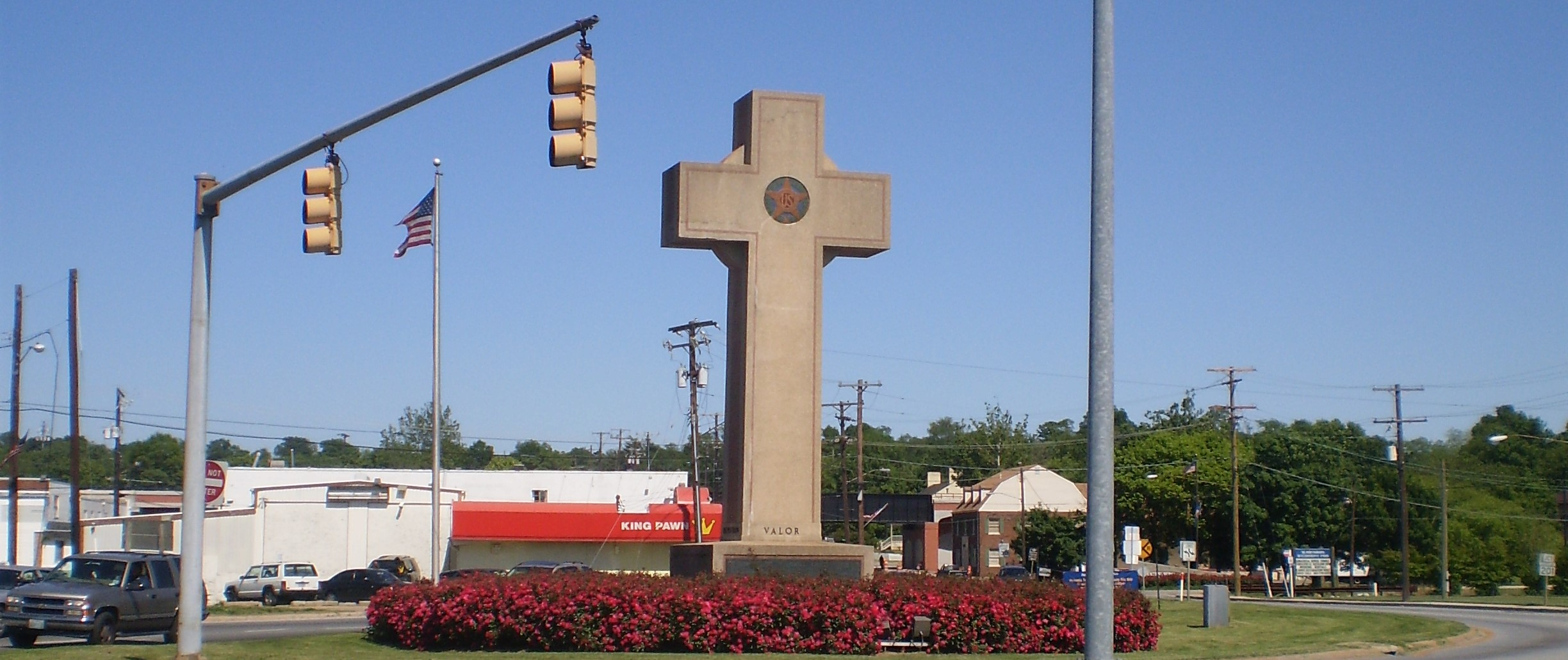 Supreme Court hears arguments on giant World War I cross on public property