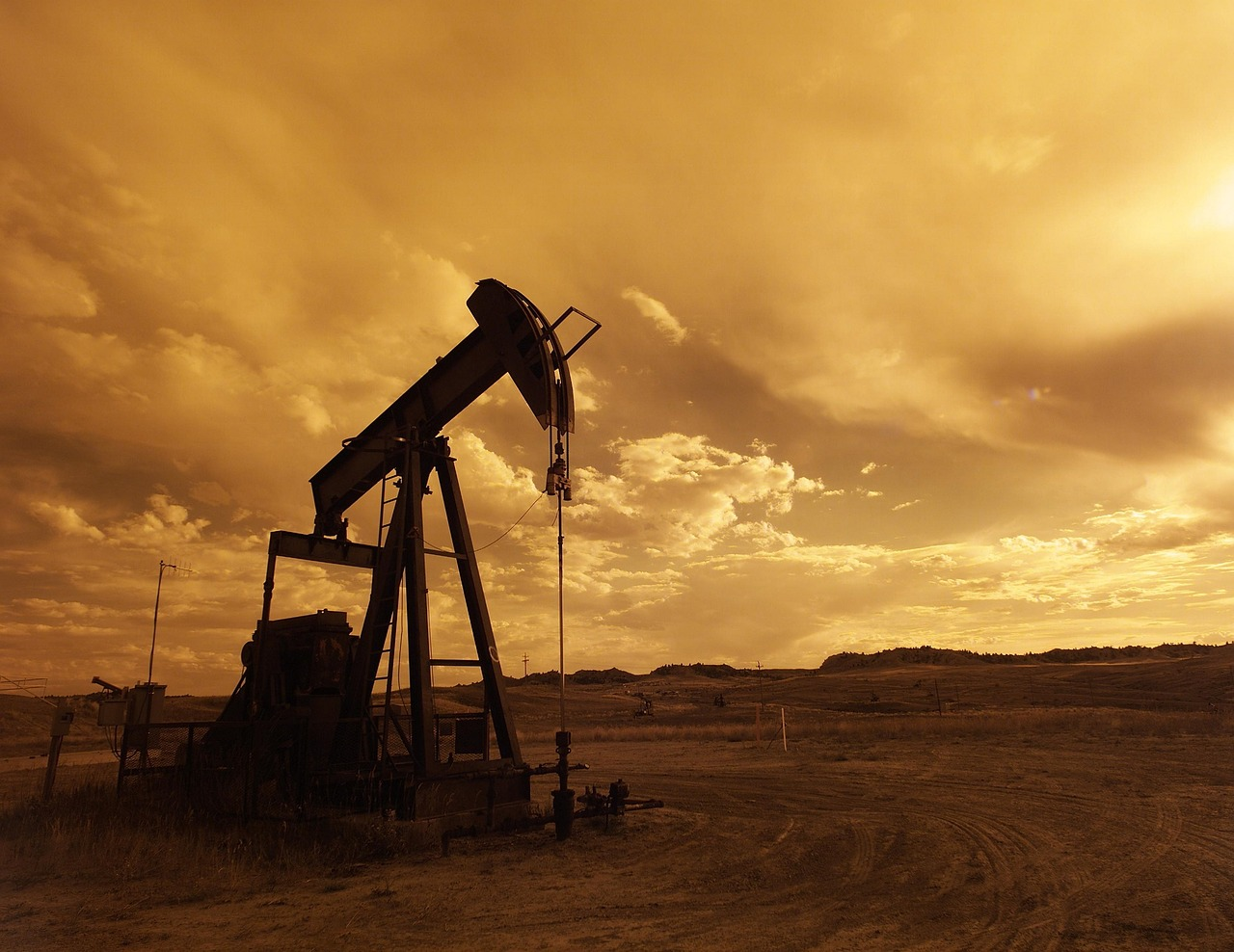 Iraq Federal Supreme Court rules portions of National Oil Company law unconstitutional