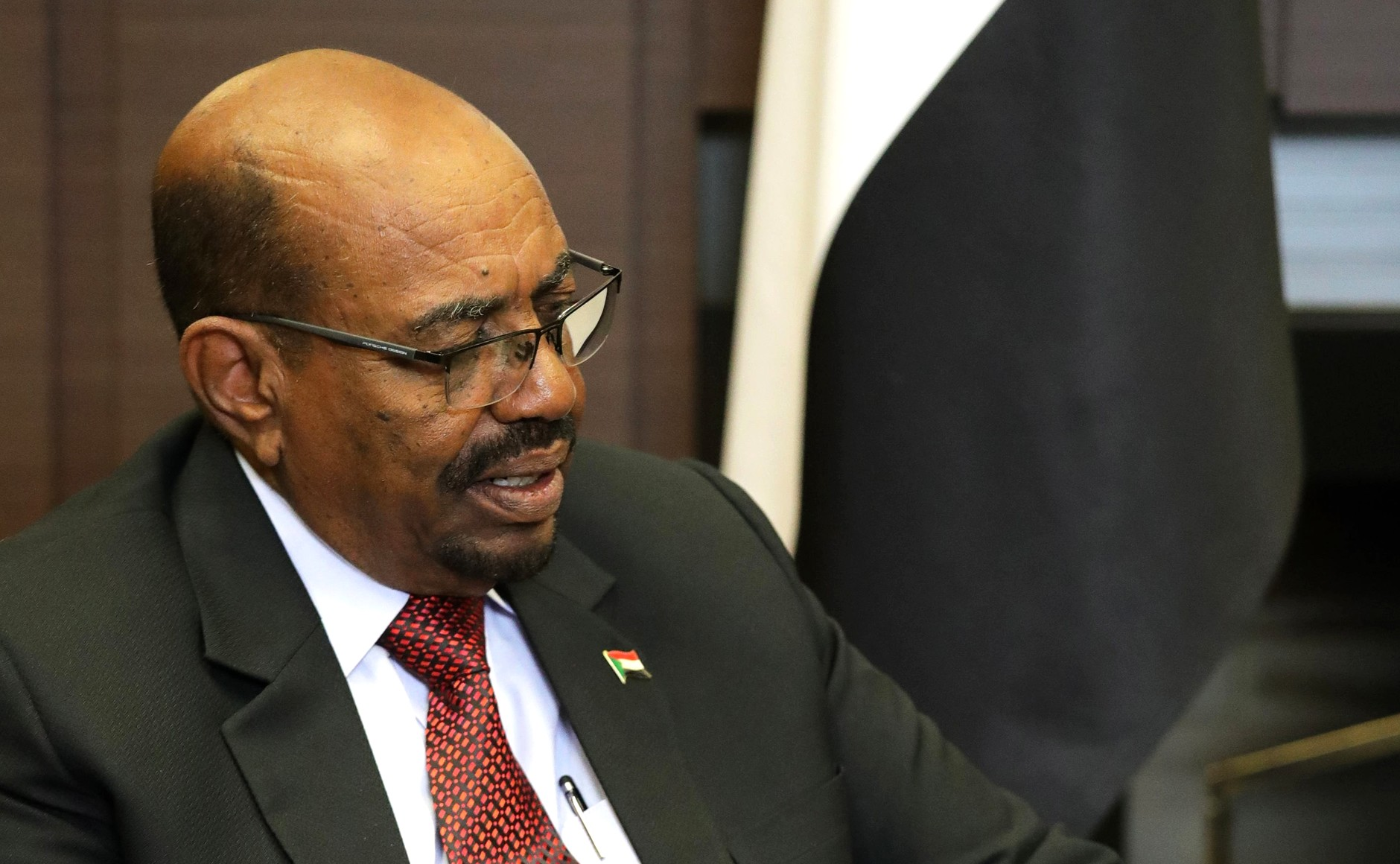 Omar al-Bashir's brothers arrested