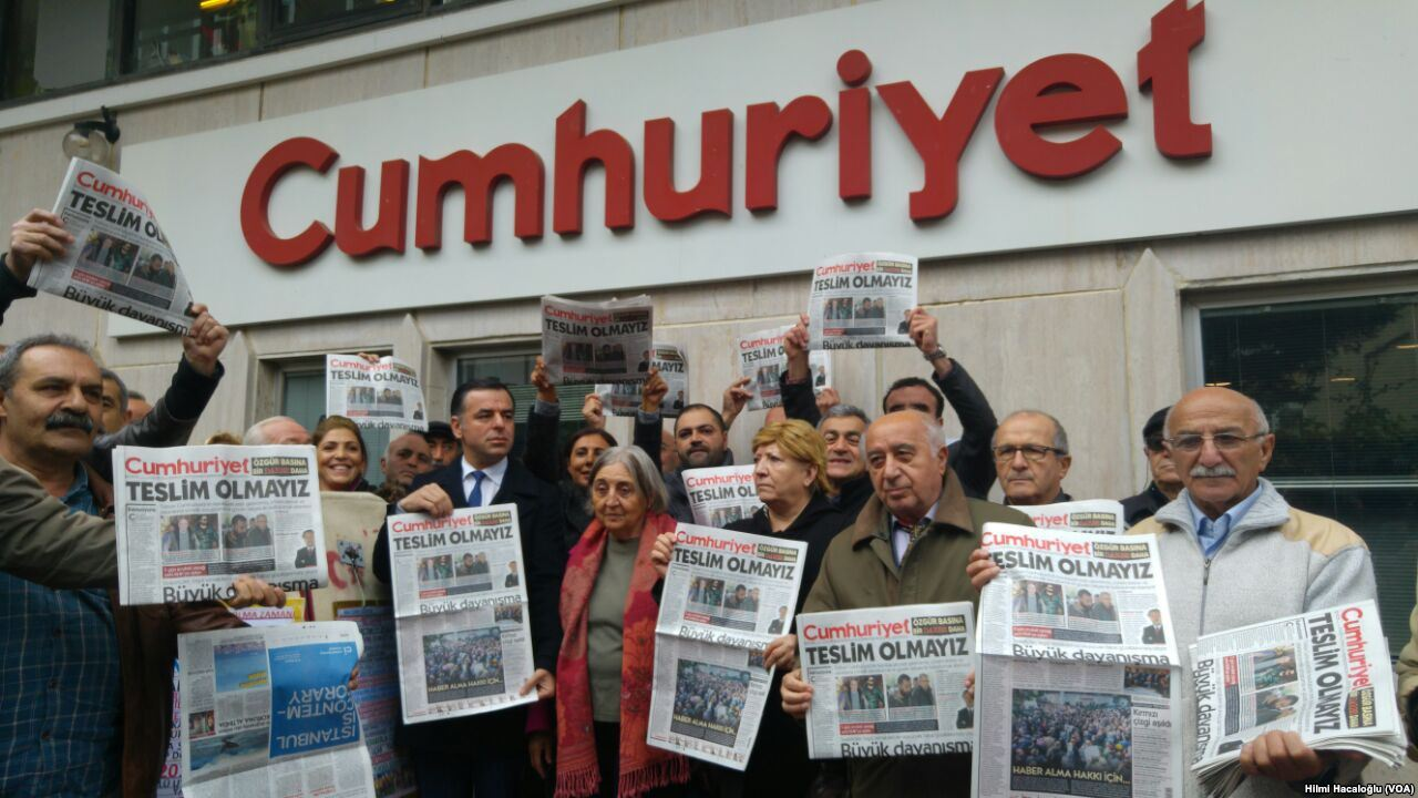 Turkish appeals court upholds convictions of journalists