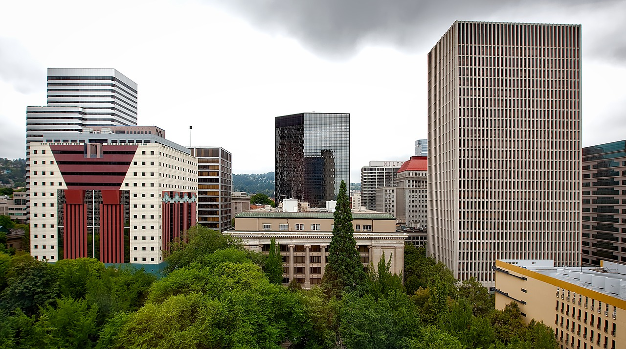 Oregon lawmakers pass nation's first statewide rent control policy
