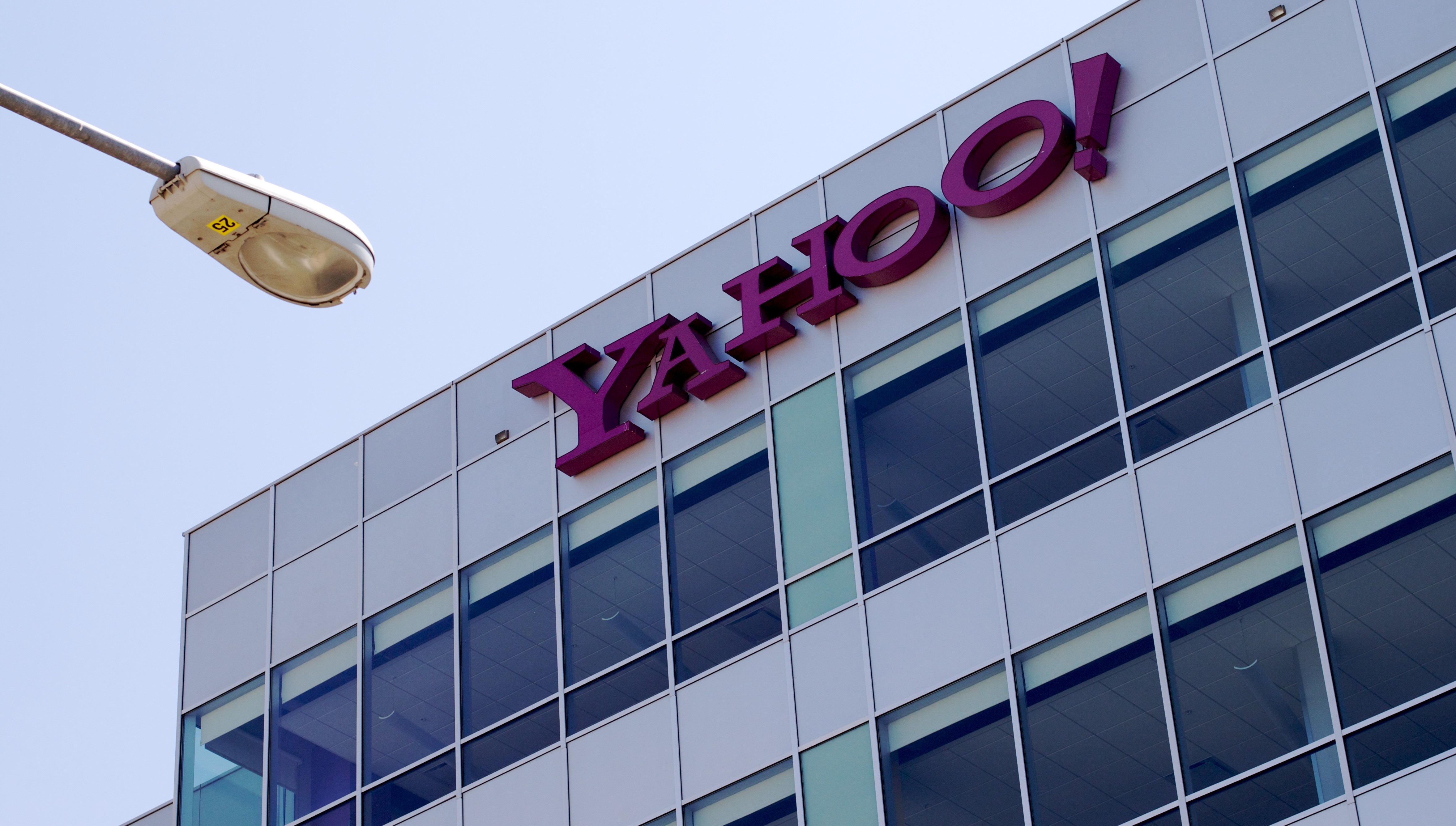 Yahoo offers new proposal to settle massive data breach