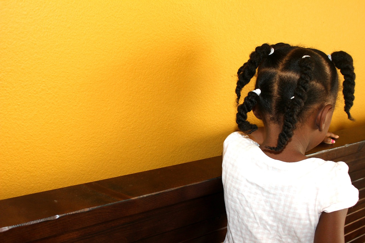 California Senate passes bill to end discrimination based on hair in school and workplaces