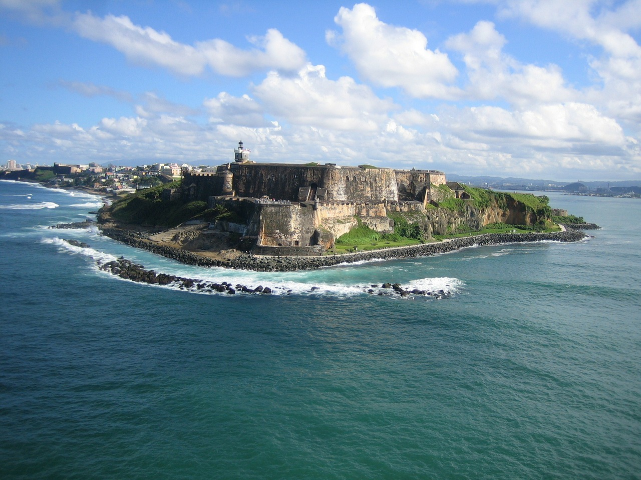 Bill paving way for Puerto Rico statehood referendum introduced in US House