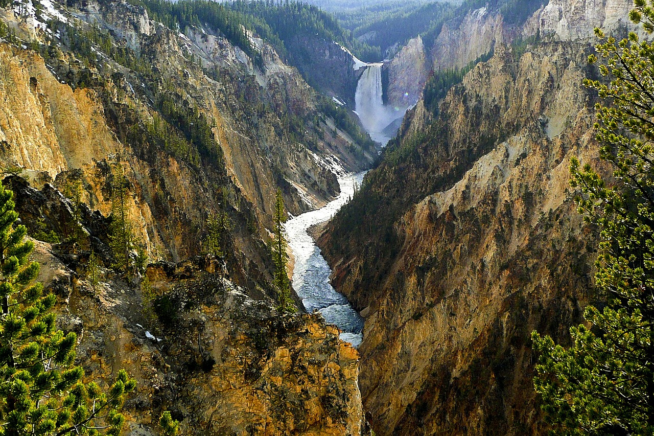 Montana court blocks mining company from mining near Yellowstone National Park