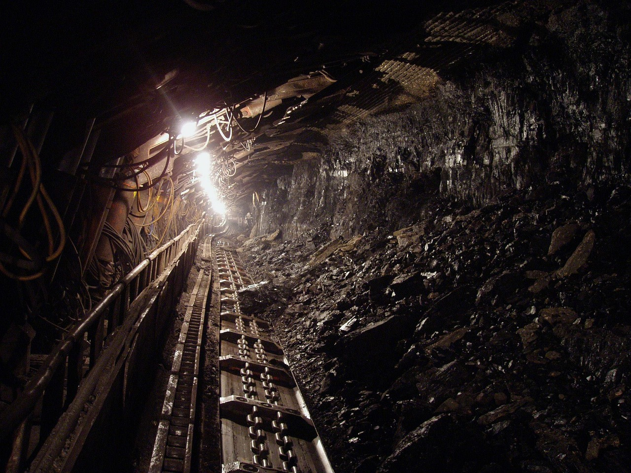 Poland proposes coal mine expansion while lawsuit challenges largest European coal plant