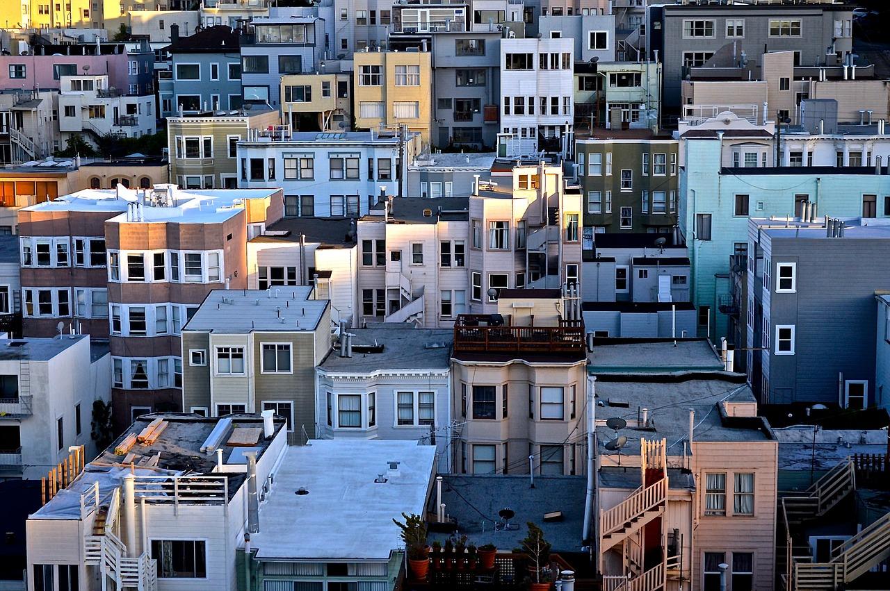 California lawmakers approve rent control legislation