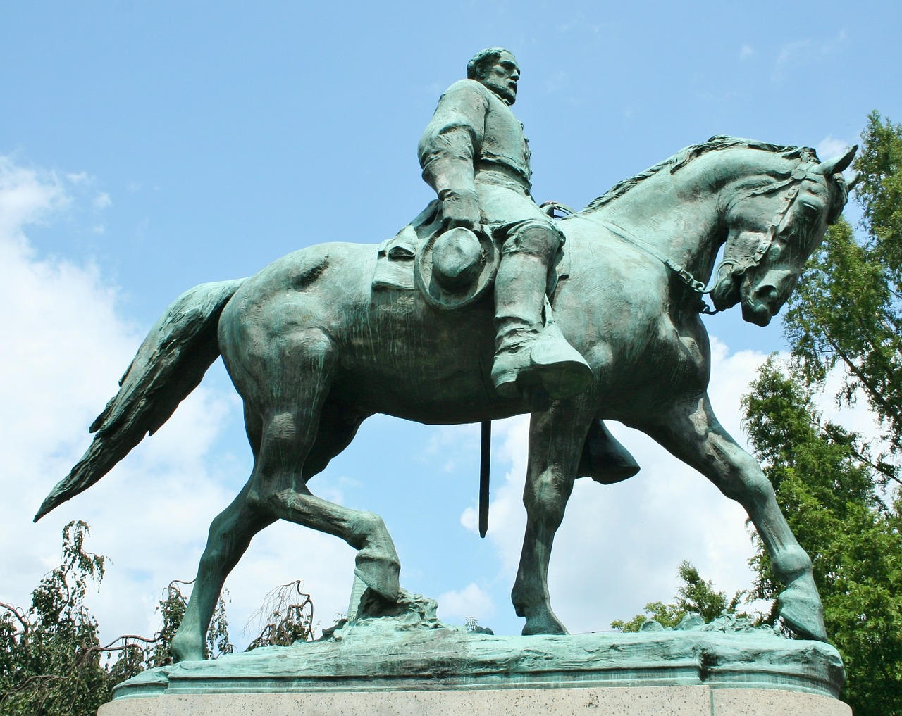 Alabama Supreme Court upholds protections for Confederate monuments