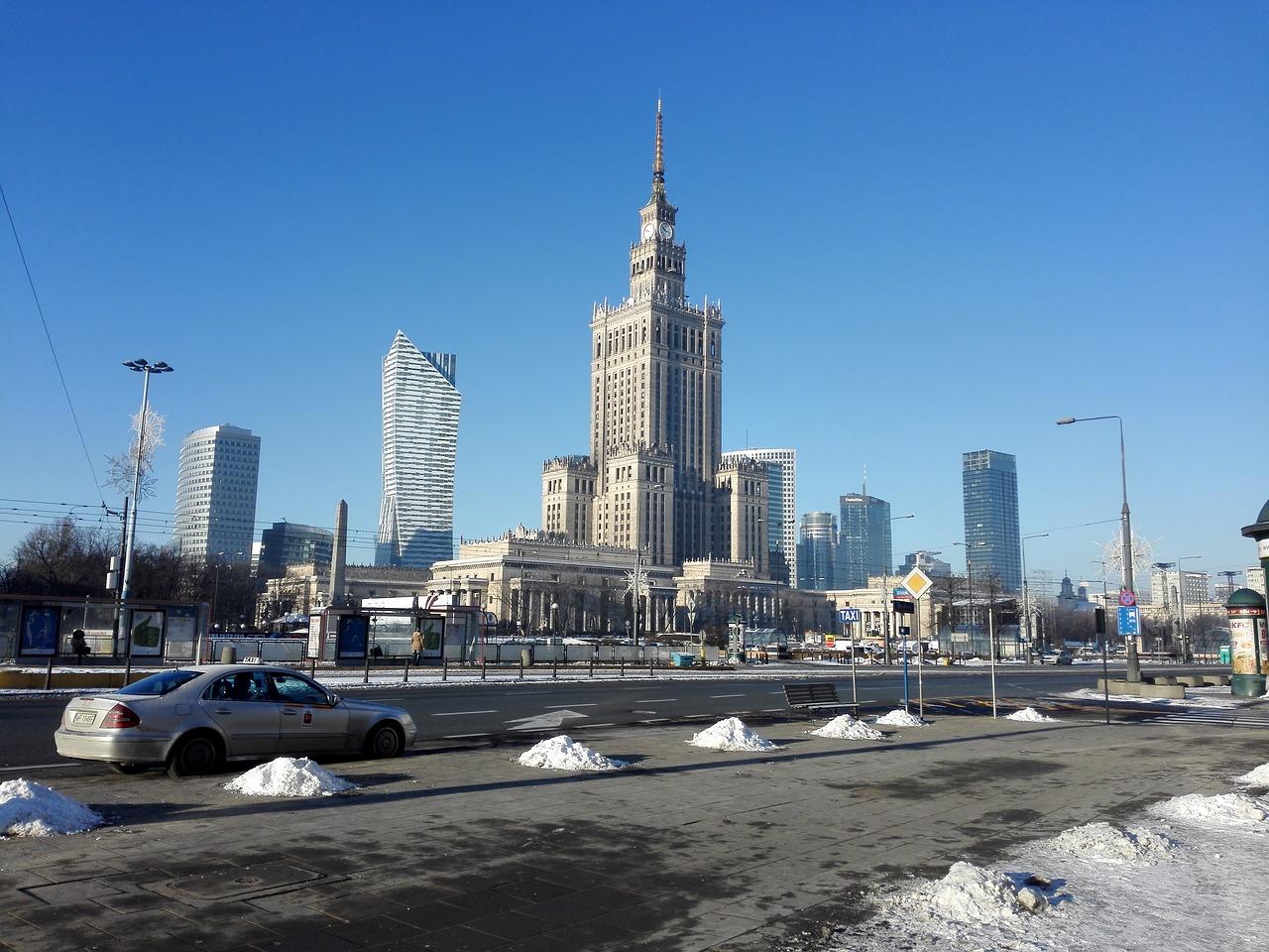 Poland Supreme Court warns judicial reforms threaten EU membership
