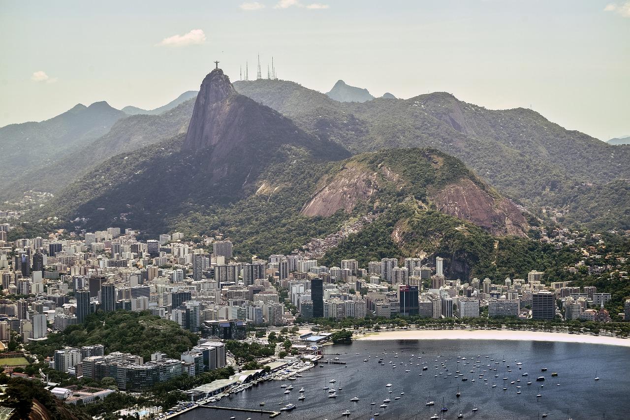 Brazil president Bolsonaro ends anti-corruption probe 'Operation Car Wash'