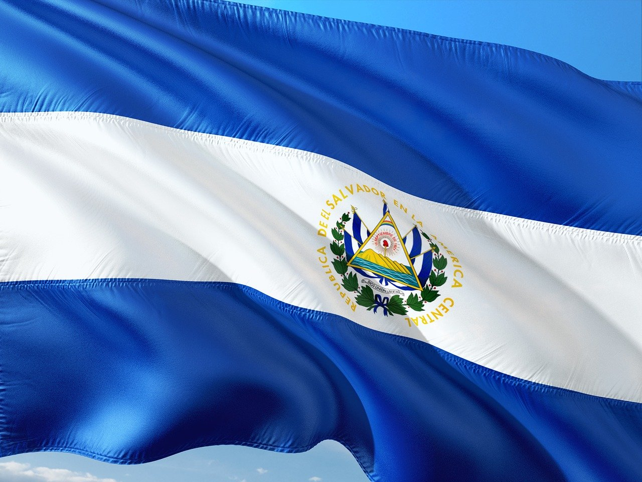 El Salvador extends COVID-19 state of emergency law despite human rights concerns