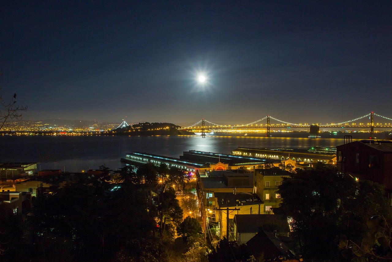 Oakland, California, bans background checks for rental housing