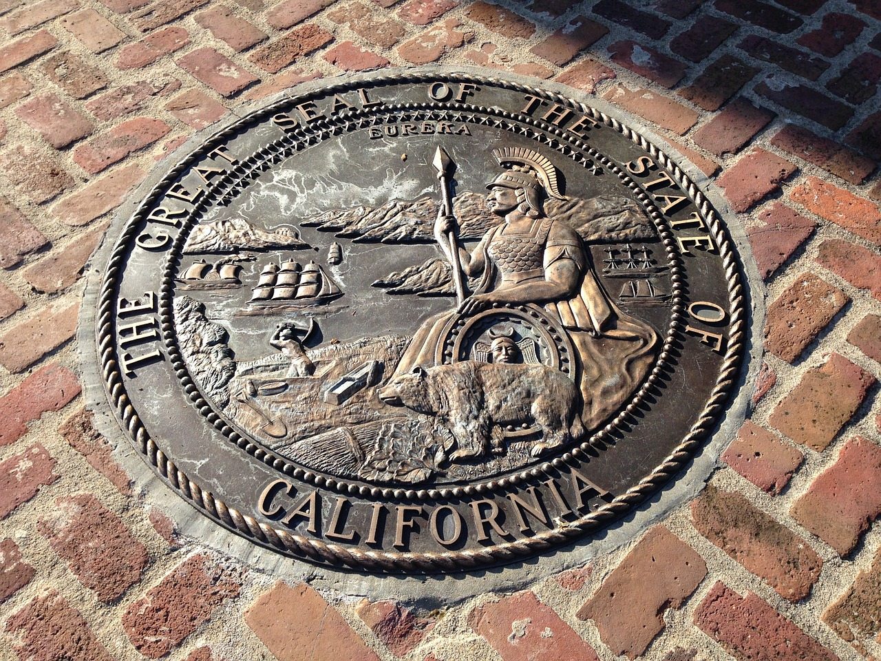 California allows more exemptions from labor law limiting independent contractors