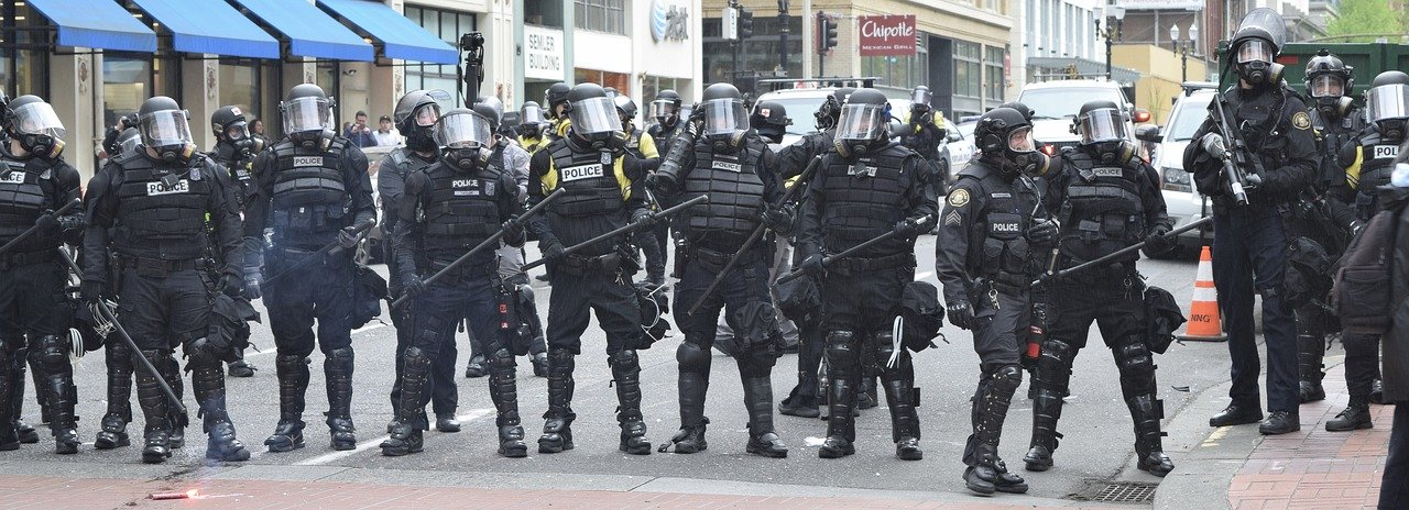 US federal judge bars Detroit police from using excessive force against peaceful protestors