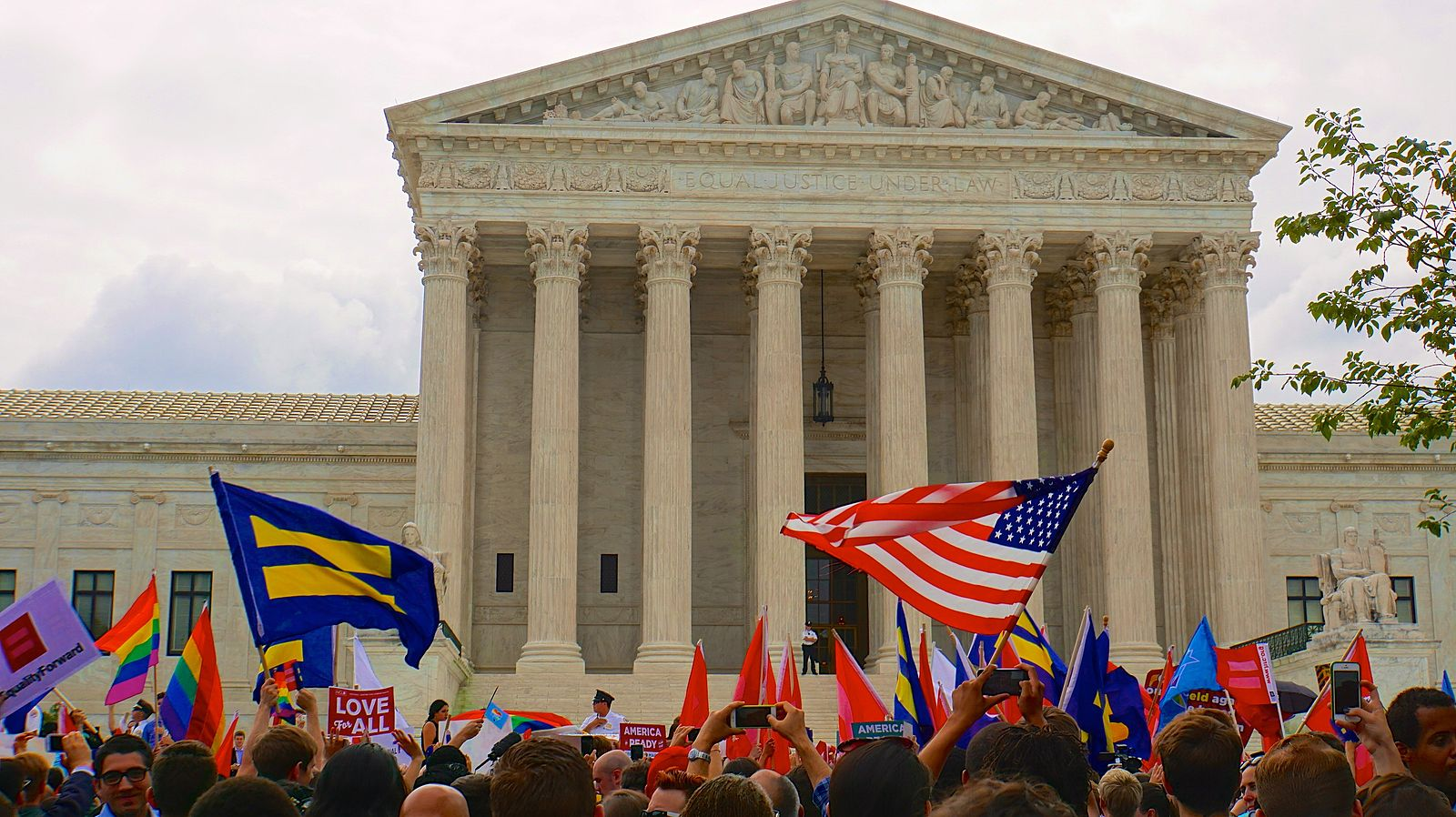 Justices Thomas, Alito criticize same-sex marriage ruling in turning away Kentucky clerk's case