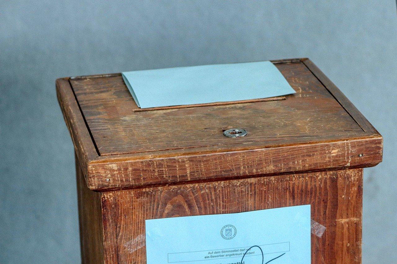 Federal judge allows Ohio's ballot drop box limitation