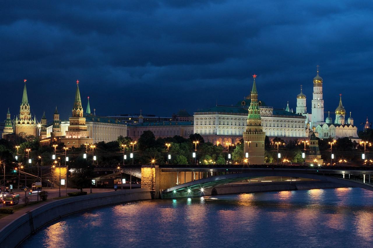 Russia Duma backs draft law granting president immunity from criminal prosecution