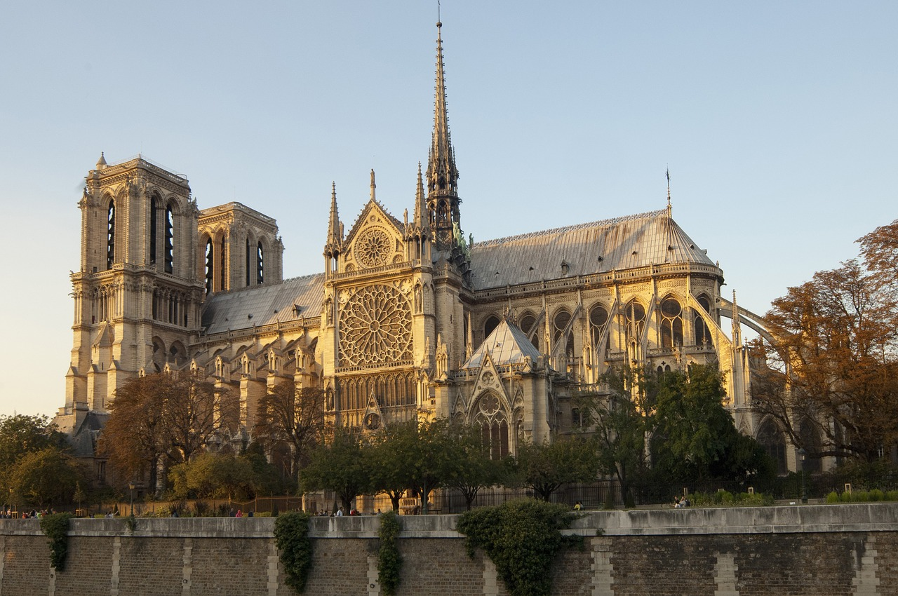 France top court orders review of COVID-19 restrictions on churches