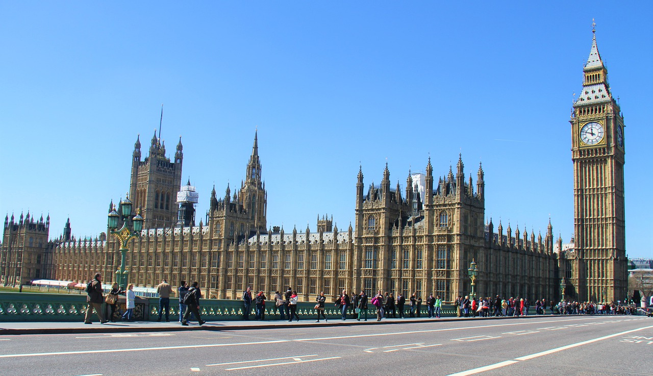 UK Brexit bill enshrining EU deal becomes law after parliamentary passage and royal assent