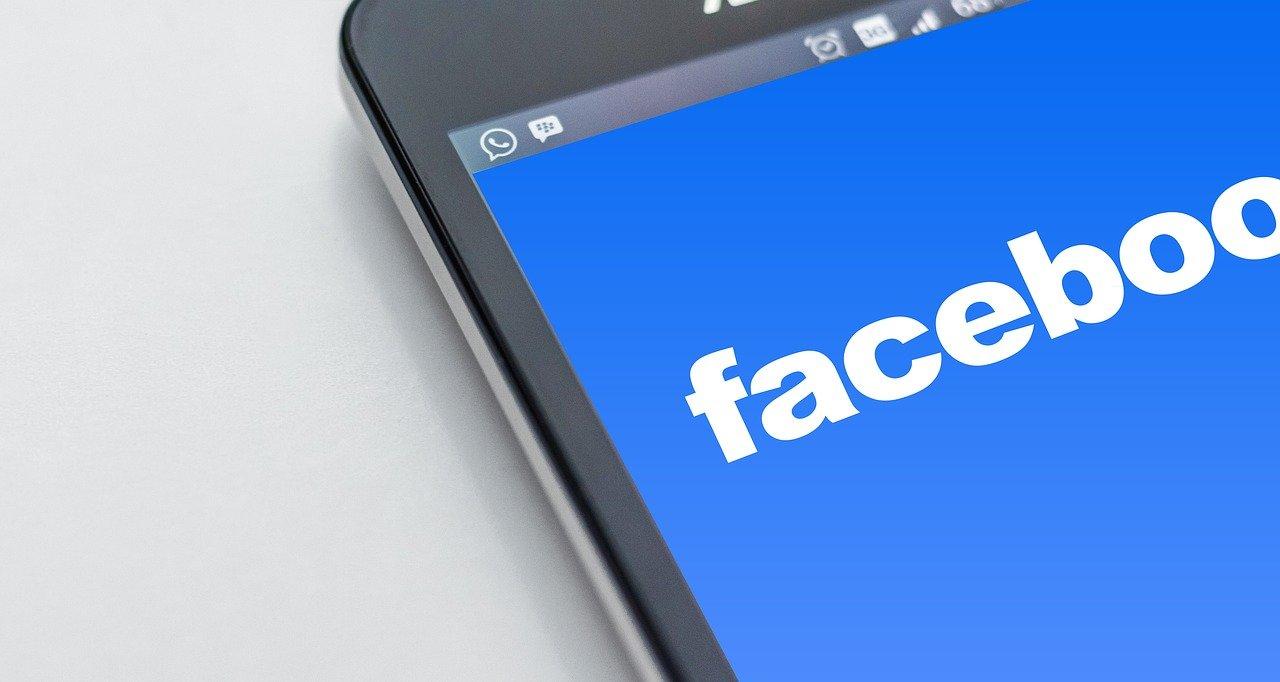 Class-action lawsuit against Facebook alleges anticompetitive behavior