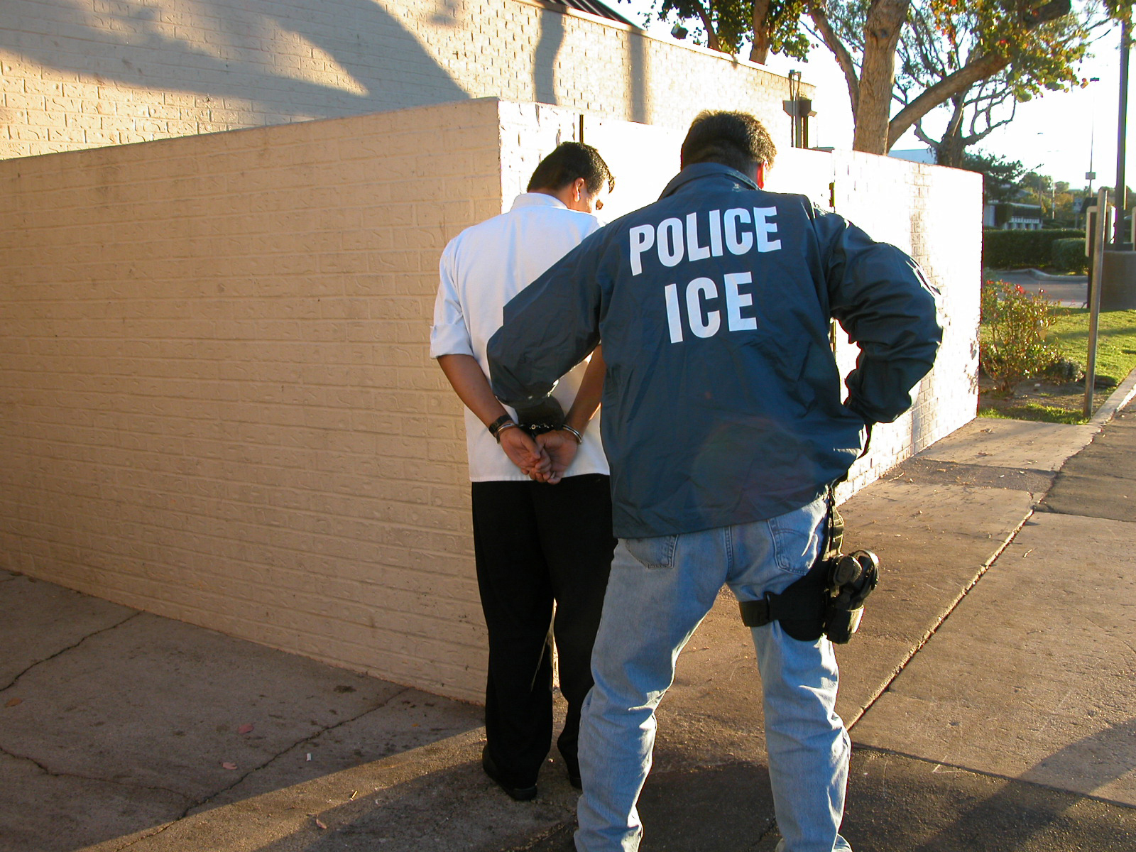 DHS issues new immigration guidance reversing 100-day deportation freeze