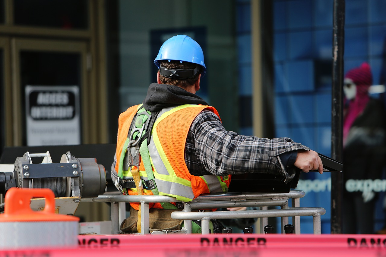 Biden signs executive order establishing labor task force