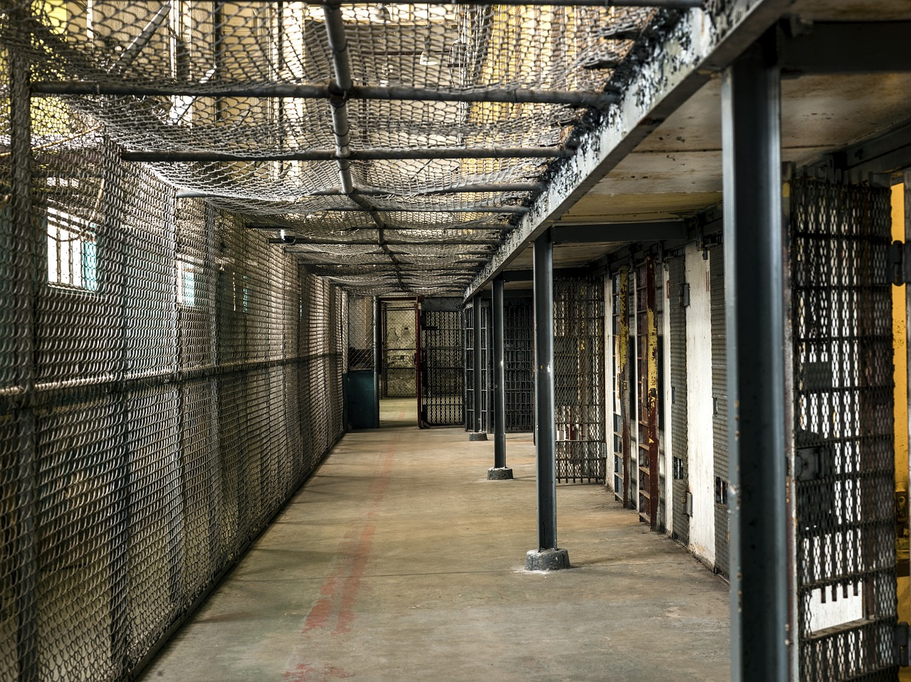 FCC approves plan to lower interstate and international jail and prison phone call rates