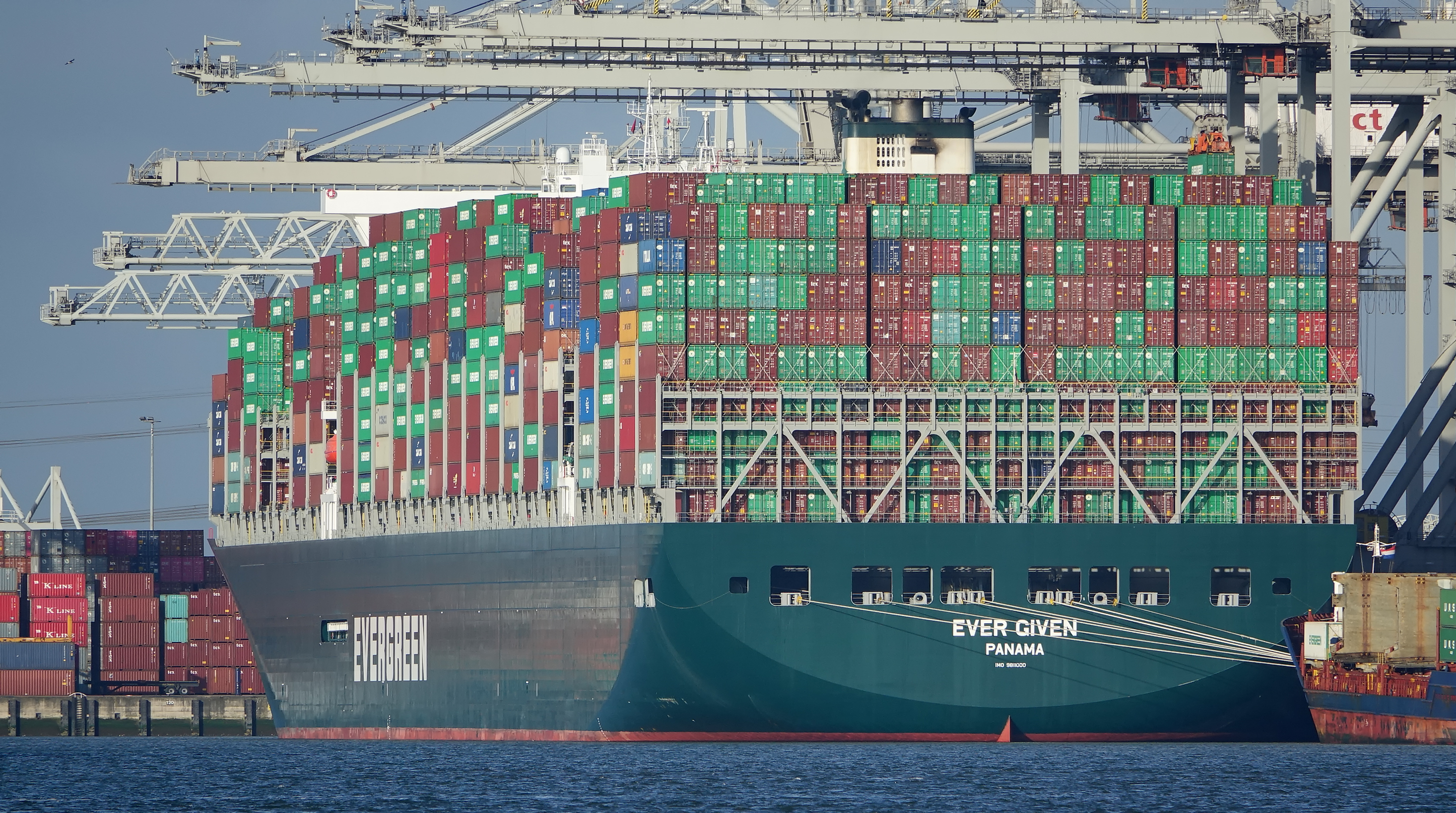 Cargo ship that blocked Suez Canal to be released following settlement agreement