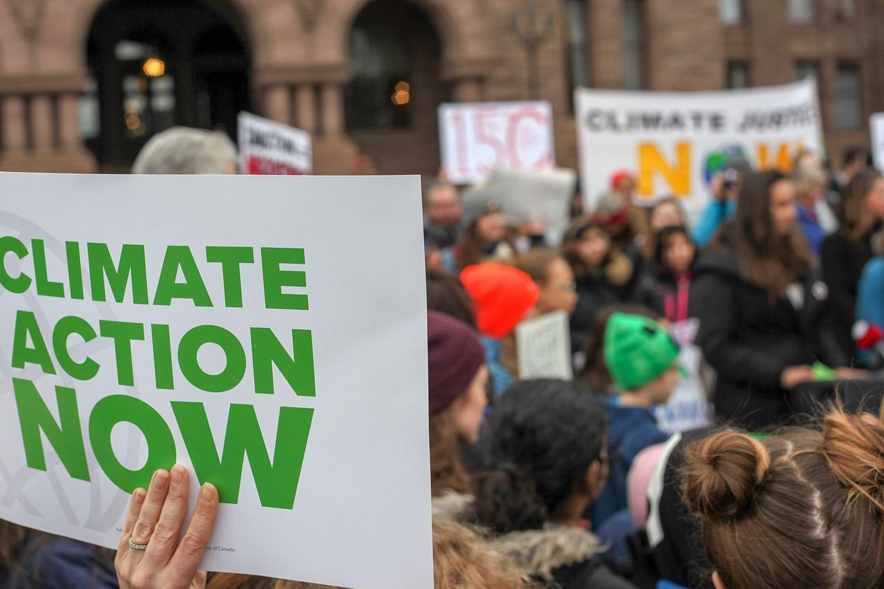 EU announces comprehensive climate change plan
