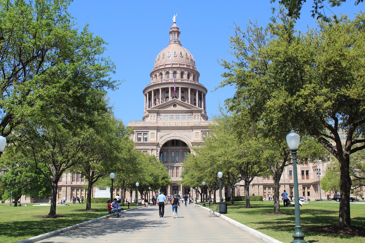Texas Democrats leave state to block vote on election restrictions bill