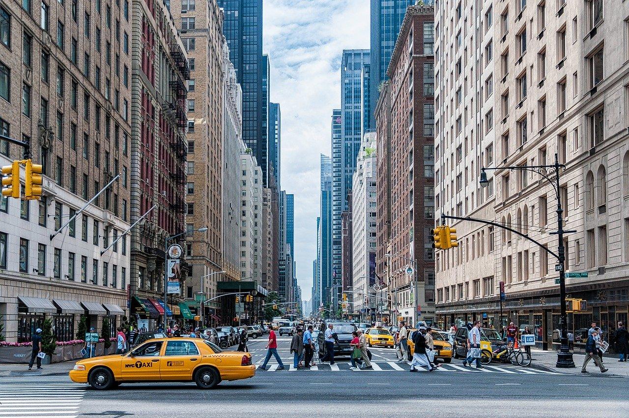 Door Dash sues New York City over food delivery data law