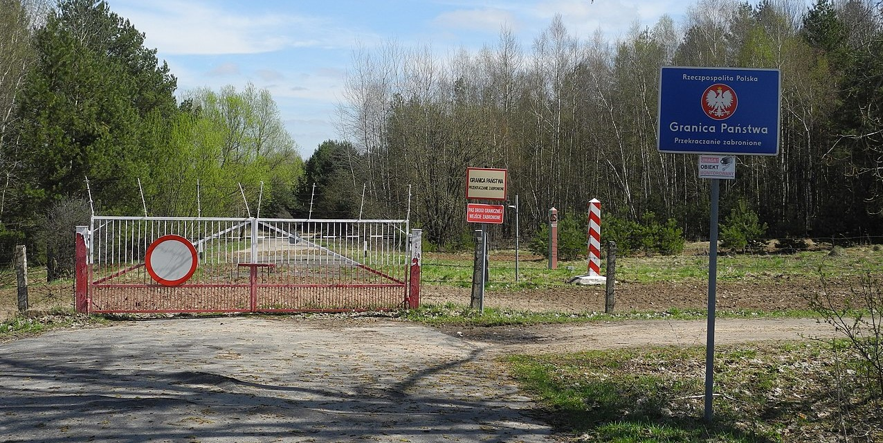 Poland strengthens border security amid migrant influx from Belarus