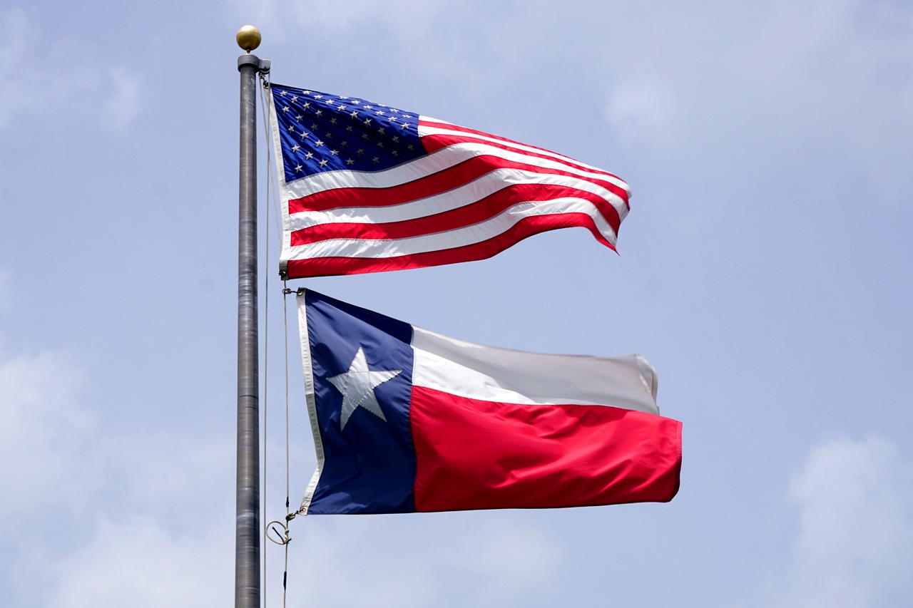 Fifth Circuit restores Texas abortion law two days after lower court blocked it